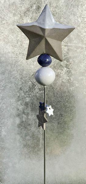 Weihnachtsdeko - Stele Sterne Keramik Unikat Frostfest - ein Designerstück von Kleine-Toepferei bei DaWanda
