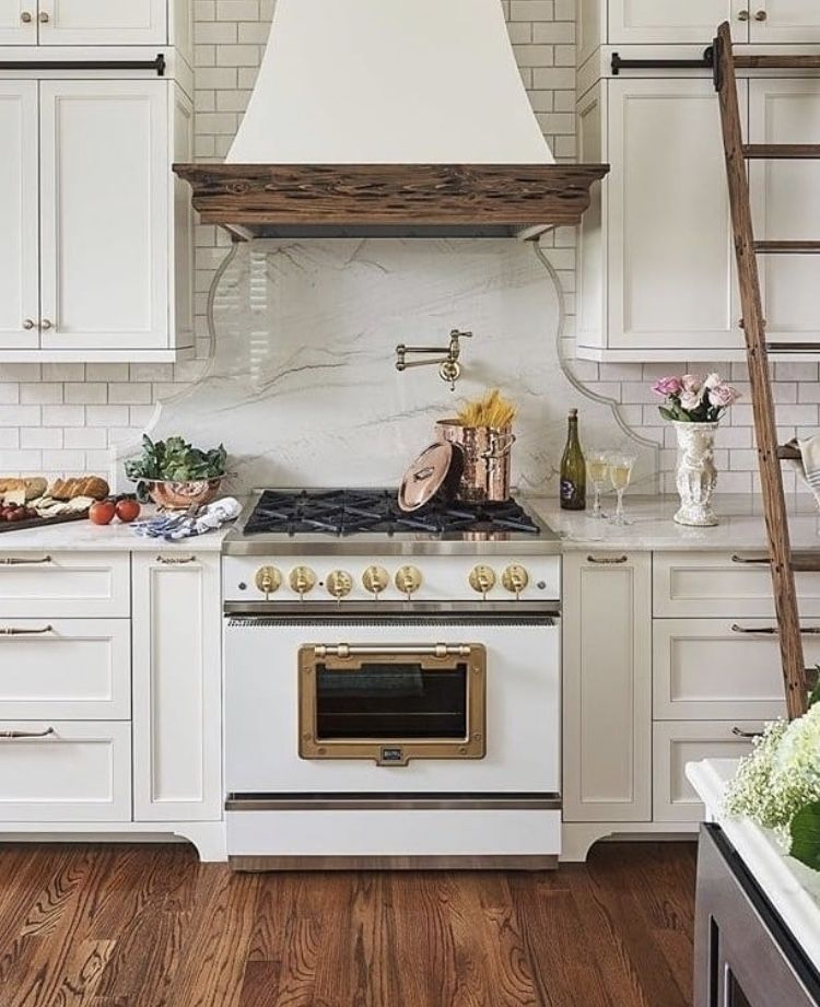White Retro Kitchen Accessories