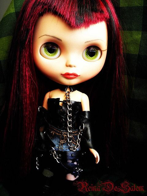 Image from http://www.blythe-doll-fashions.com/wp-content/uploads/2010/06/I-am-more-punk-than-you.jpg.