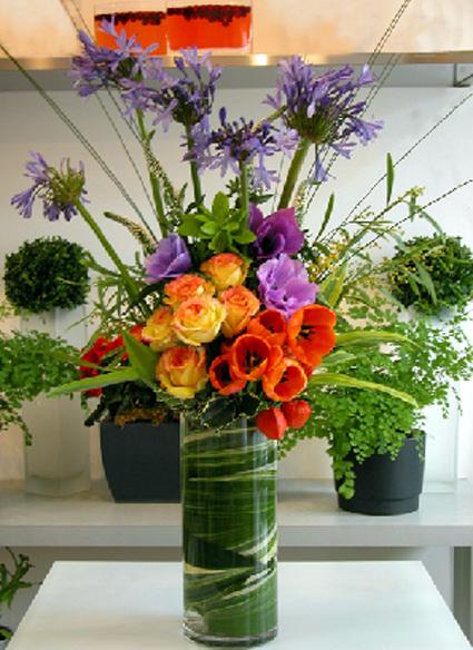 Host a Flower Arranging Class at Home!