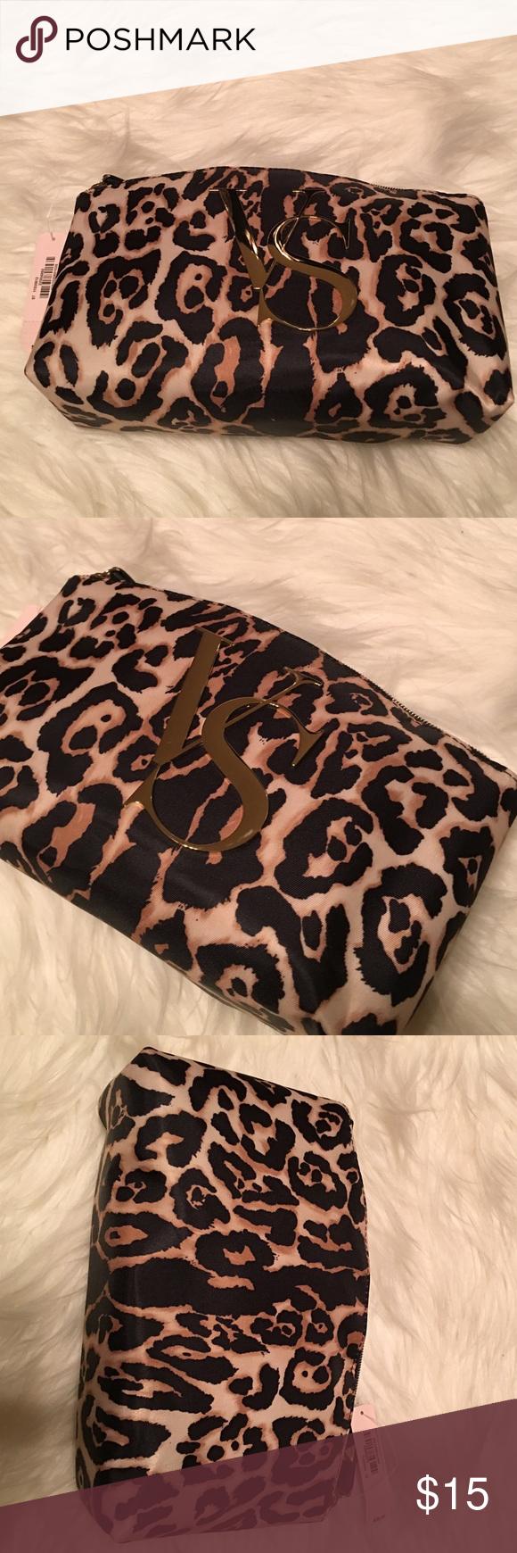 Victoria's Secret makeup bag Victoria's Secret makeup bag Victoria's Secret Bags Cosmetic Bags & Cases