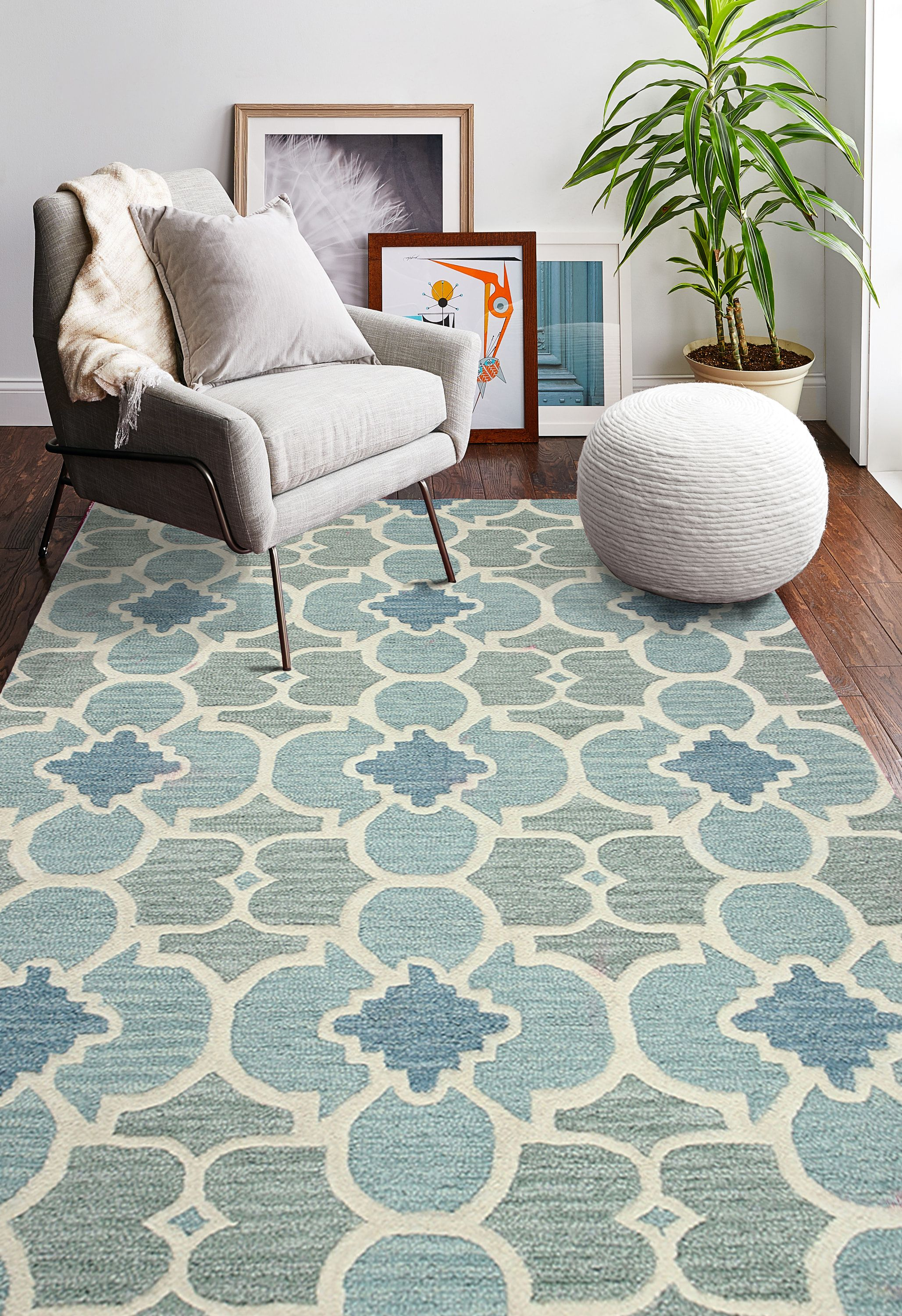 This Rug S Bold Pattern Is Tampered By The Soothing Color Palette
