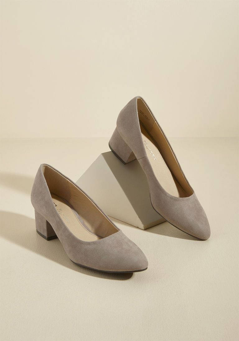 fac6e9e1303d Simple Aesthetic Block Heel in 8.5 - Low Heel - Over 1 -2
