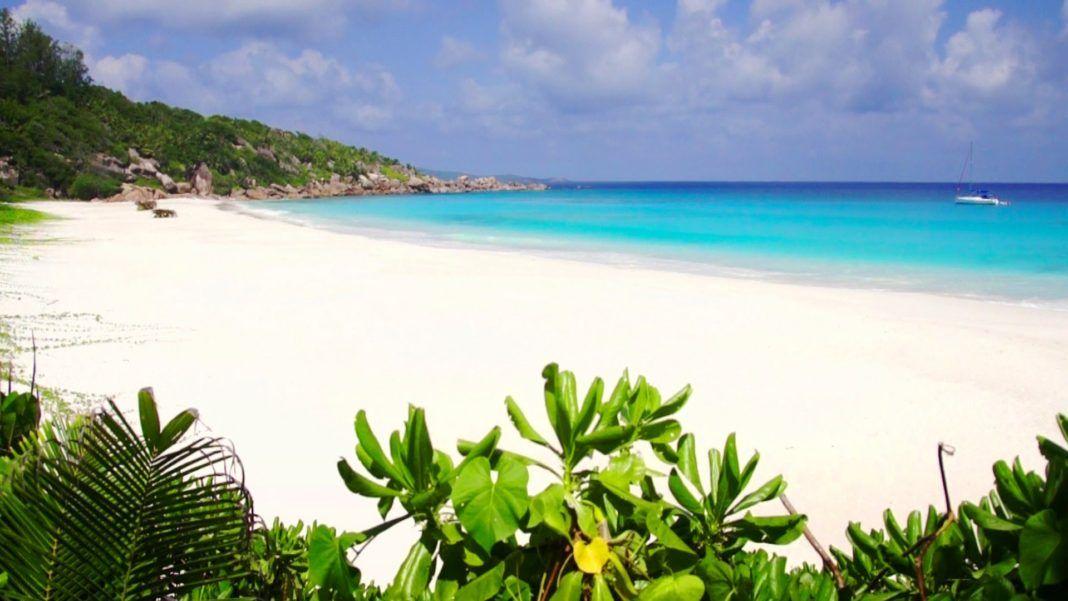 Stunning Tourist Destinations In The Seychelles Islands Places - 8 places to visit in the seychelles islands