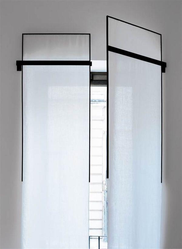 3 rideaux sur mesure du contemporain au classique. Black Bedroom Furniture Sets. Home Design Ideas