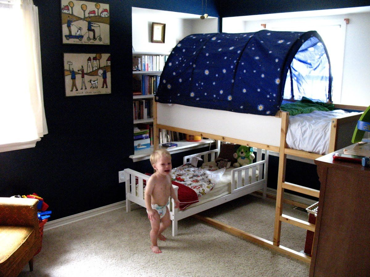 Ikea bunk bed with toddler bed below. Love this idea for a small bedroom  for 2 toddlers. - great for when baby is bigger!