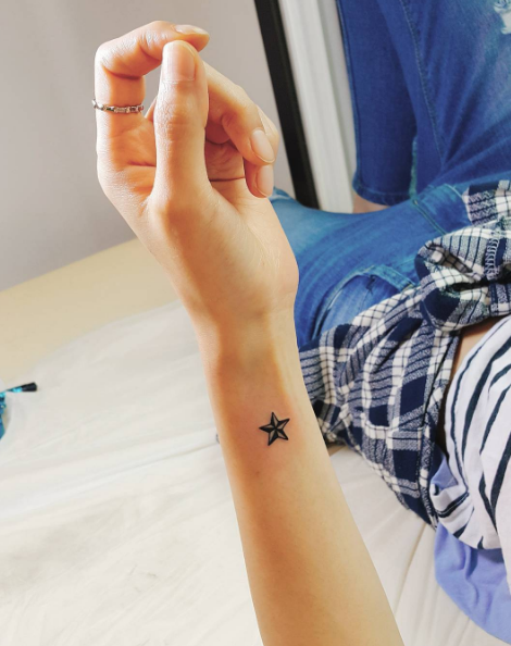 Small Star Tattoo Ink Youqueen Girly Tattoos Star Small Star Tattoos Star Tattoos Small Girly Tattoos