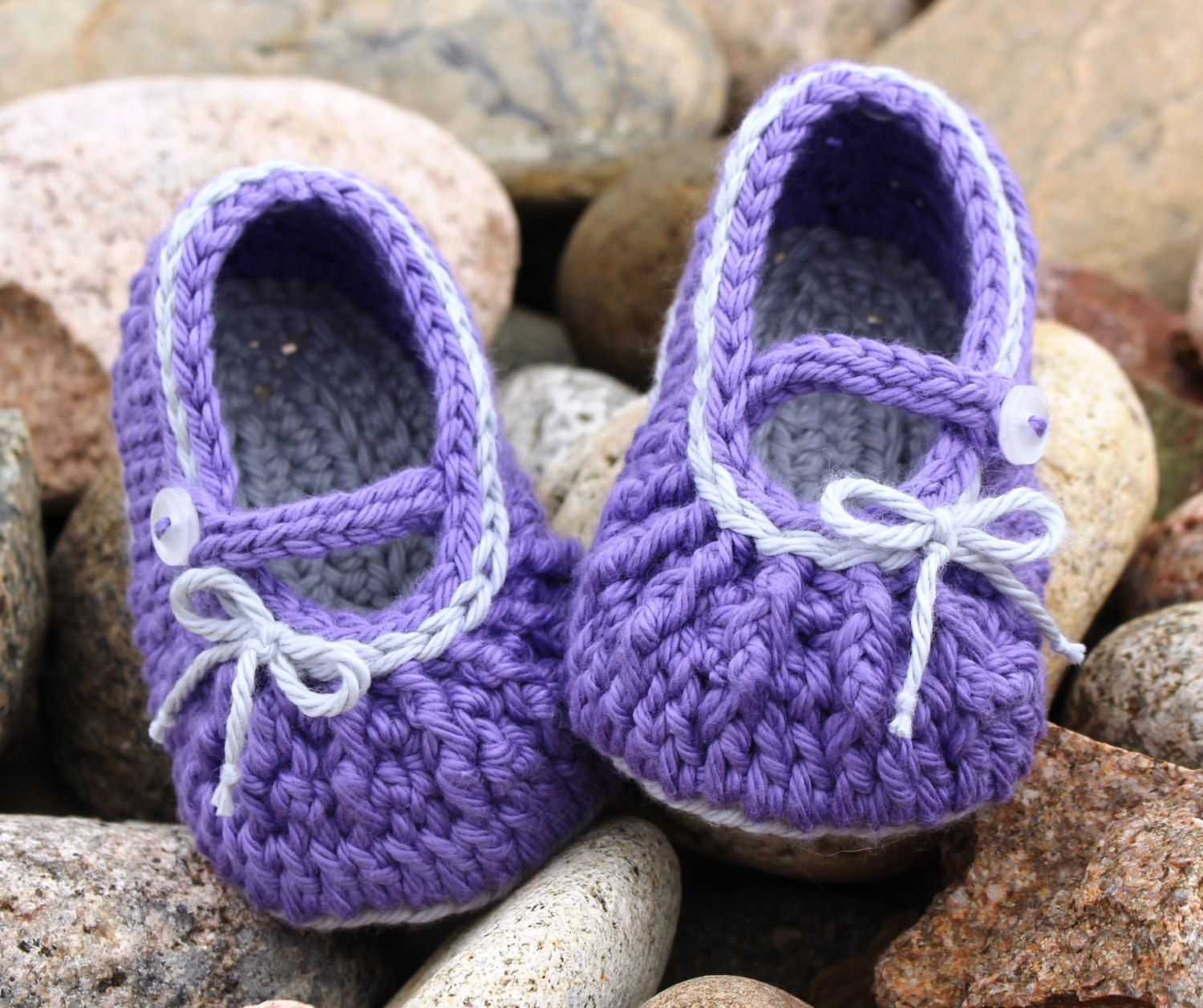 f6df784493200 Baby Mary Janes, Baby Girl Booties, Crochet Booties with Strap ...