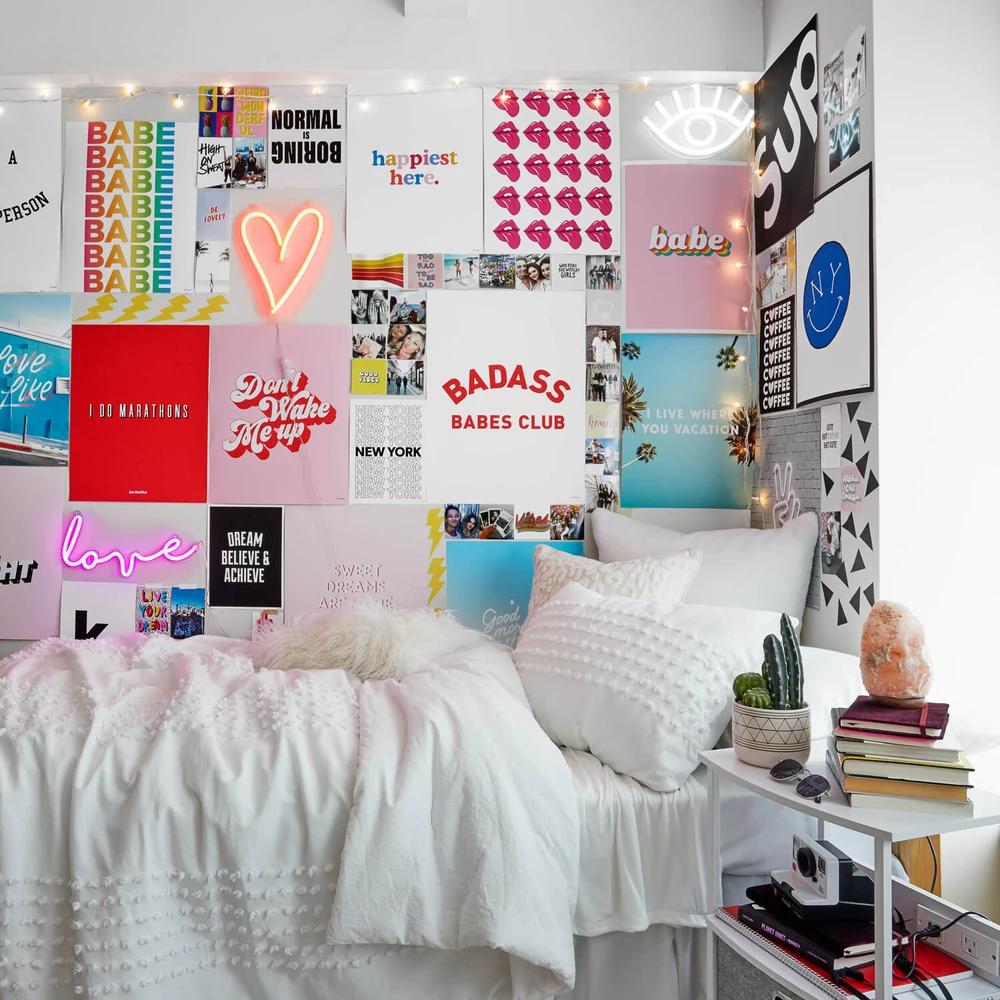 Heart Led Wall Light In 2020 Dorm Room Inspiration Dorm Room Designs Dorm Room Decor