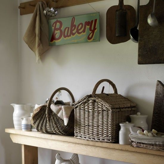 Basket for bread storage - line with cotton
