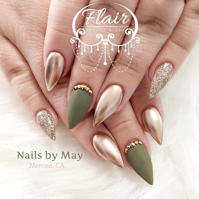 21 best designs for short stiletto nails that will catch your eye 21 best designs for short stiletto nails that will catch your eye prinsesfo Images