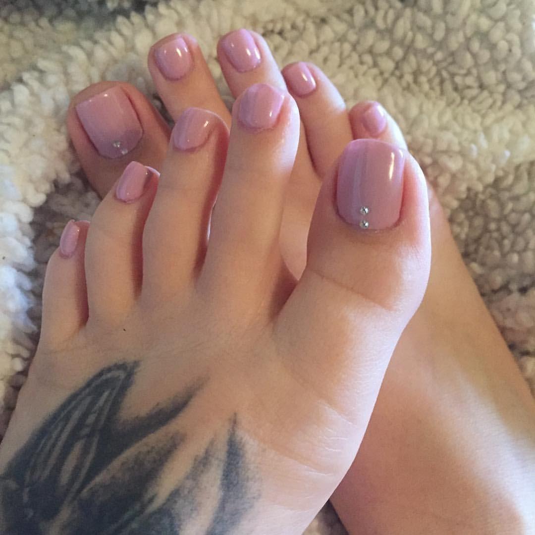 35 Beautiful Toe Nail Art You Will Love Paznokcie Akrylowe
