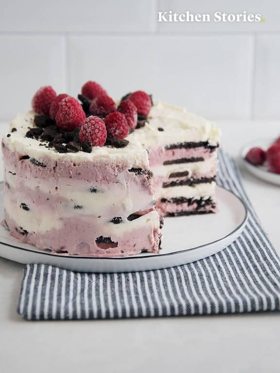 Raspberry-Oreo icebox cake   Recipe with Video   K