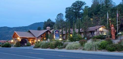 Best Western Plus Yosemite Gateway Inn In Oakhurst Yosemite Best Western Yosemite Park