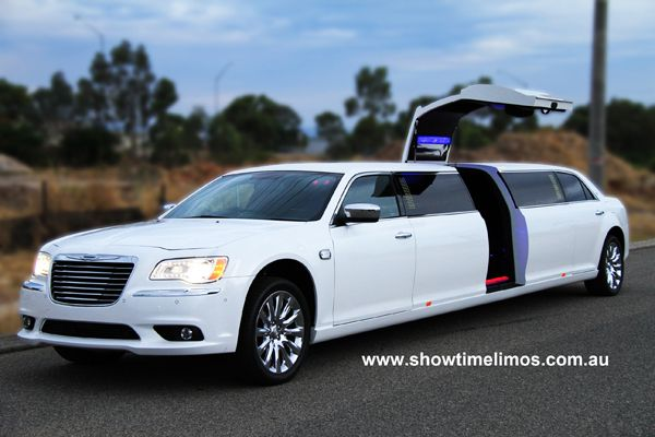 Luxury Wedding Limos Cars Perth Image Of The White Chrysler 300c Limo In Kings
