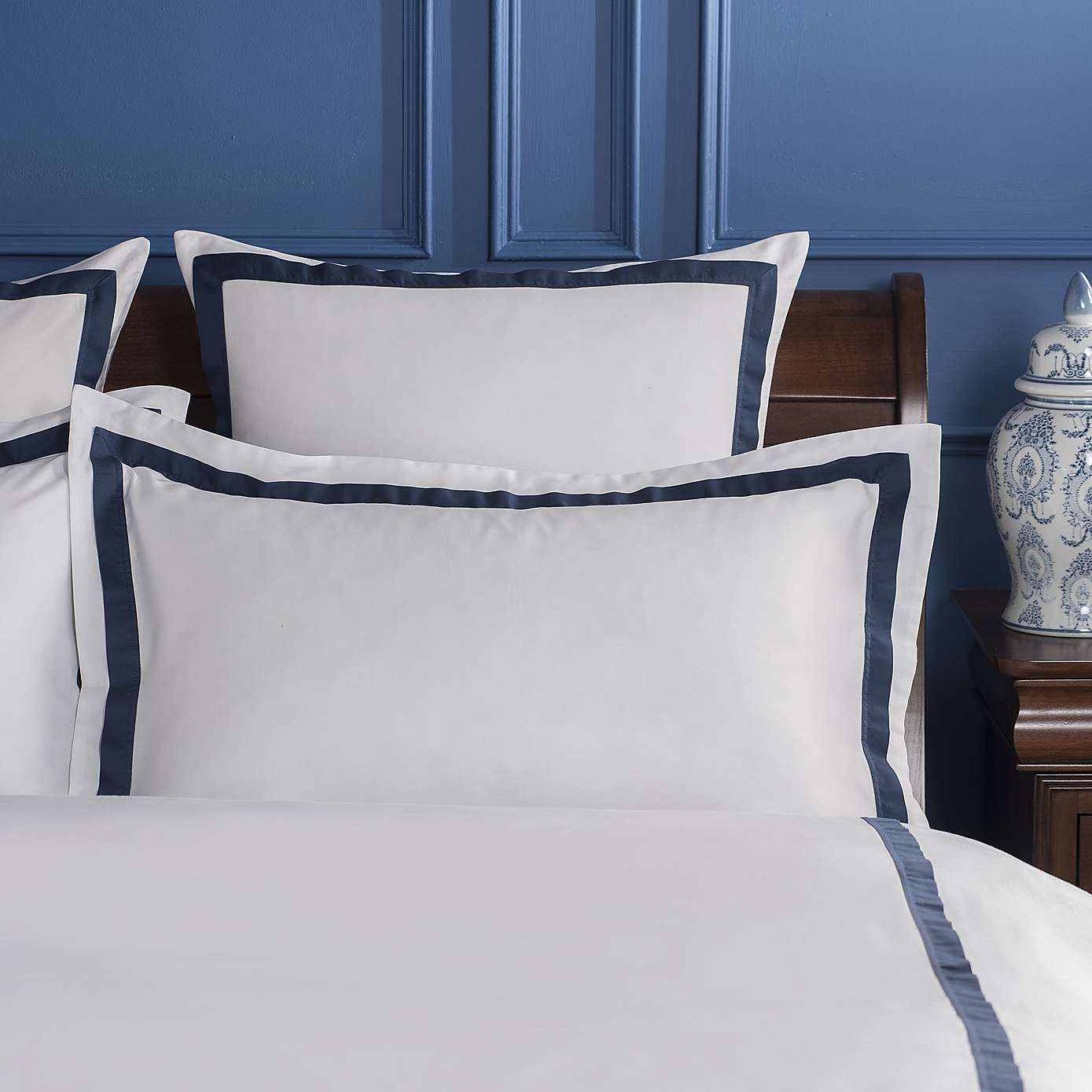 Dorma Maddison Navy Oxford Pillowcase