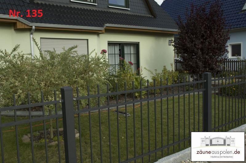 Pin Von Zauneauspolen De Auf Moderne Und Schlichte Zaune Zaun Zaune Aus Polen Gartenzaun Metall