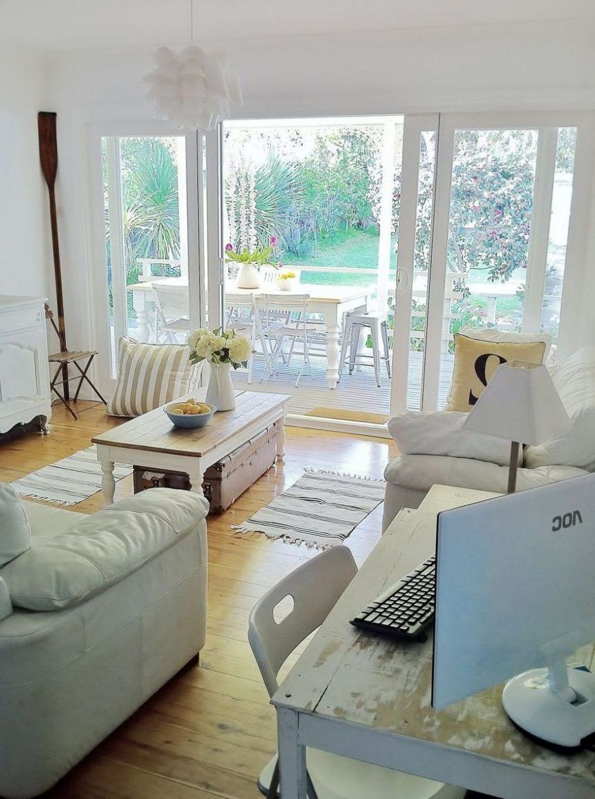 Fabulous Beach House Decoration Ideas On A Budget 24 Coastal Living Rooms Country Style Homes Coastal Cottage Decorating
