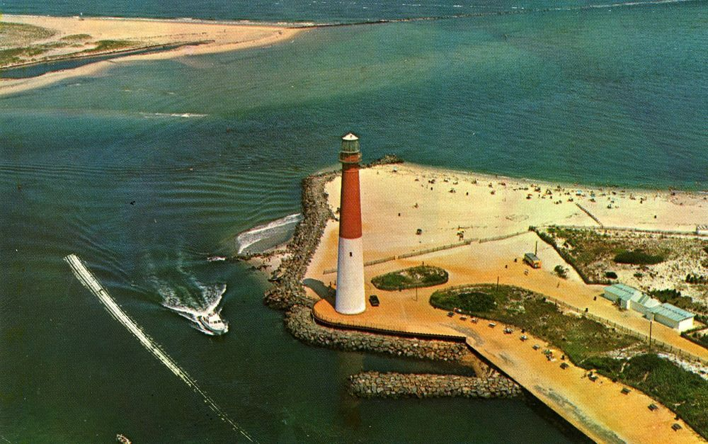 barneget lighthouse chatrooms New jersey is a state in the northeastern and middle atlantic regions of the united states as of the united states 2010 census, its population was 8,791,894.