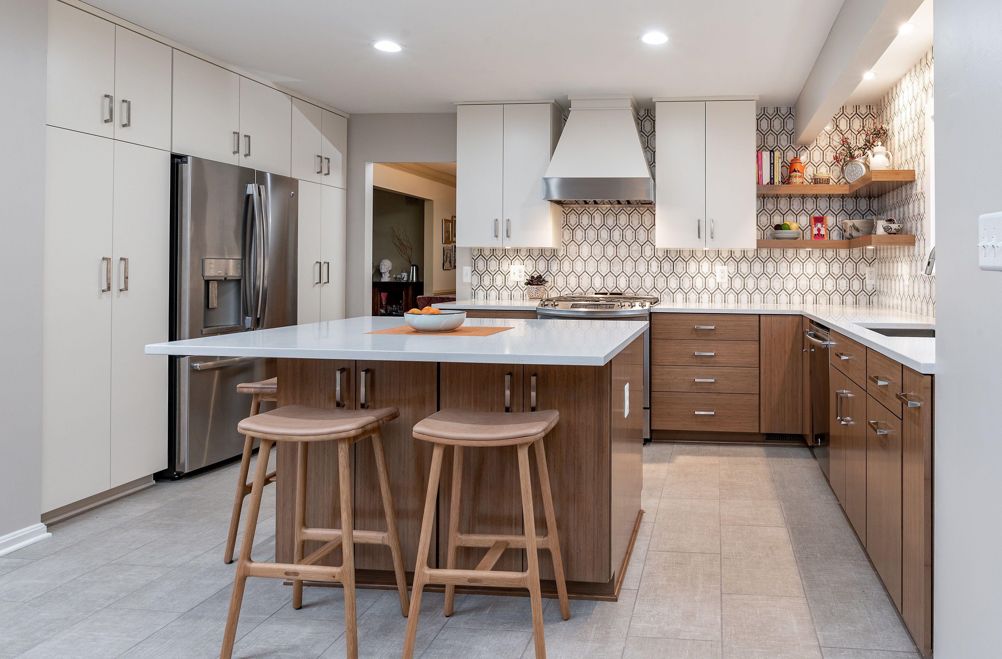 Baltimore Md K S Renewal Systems Llc In 2020 Contemporary Kitchen Slab Door White Quartz Countertop