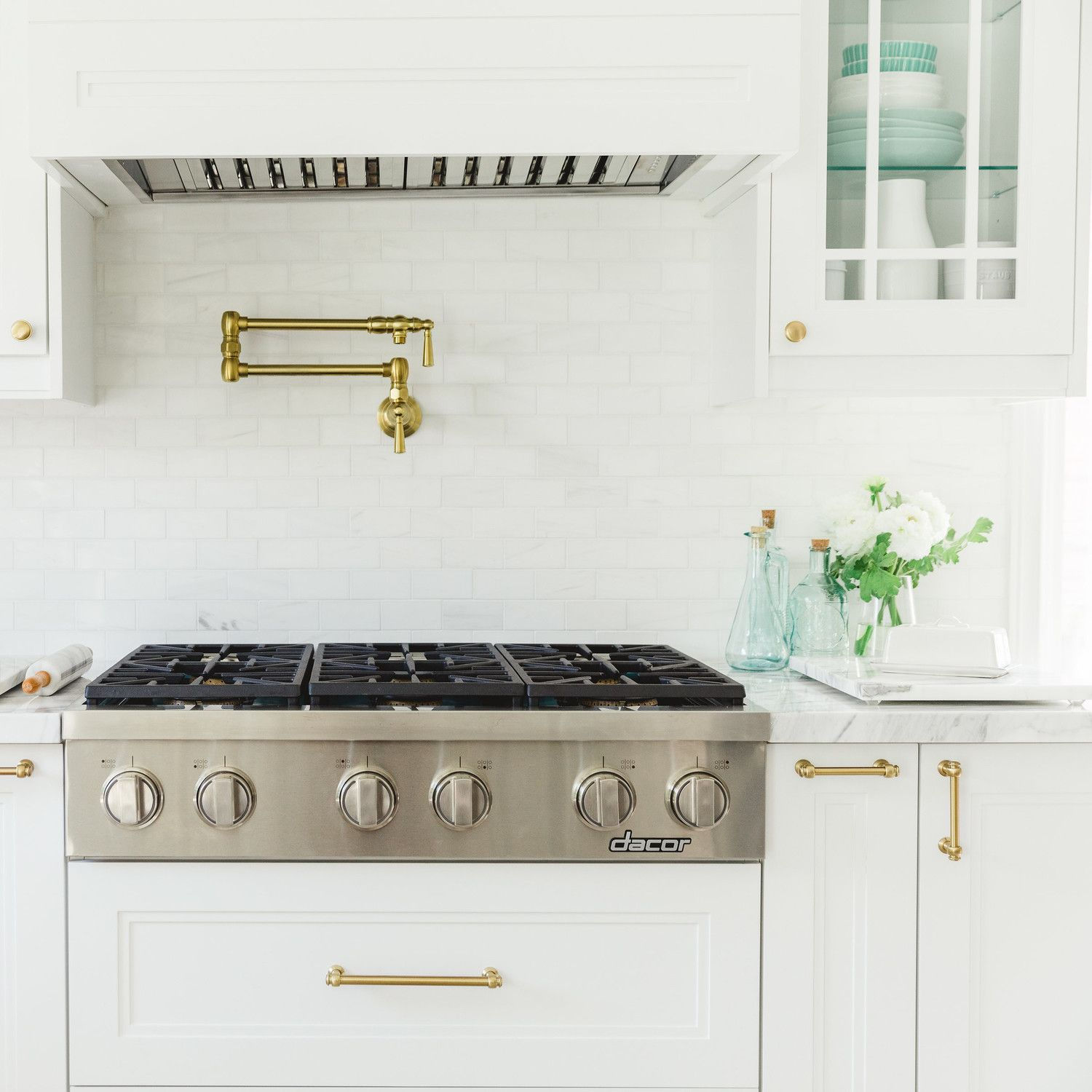 Behind the Scenes: How to Pull Off Your Dream Kitchen Makeover ...