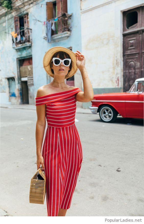 red dress retro style with a hat and a bag in 2018 clothes