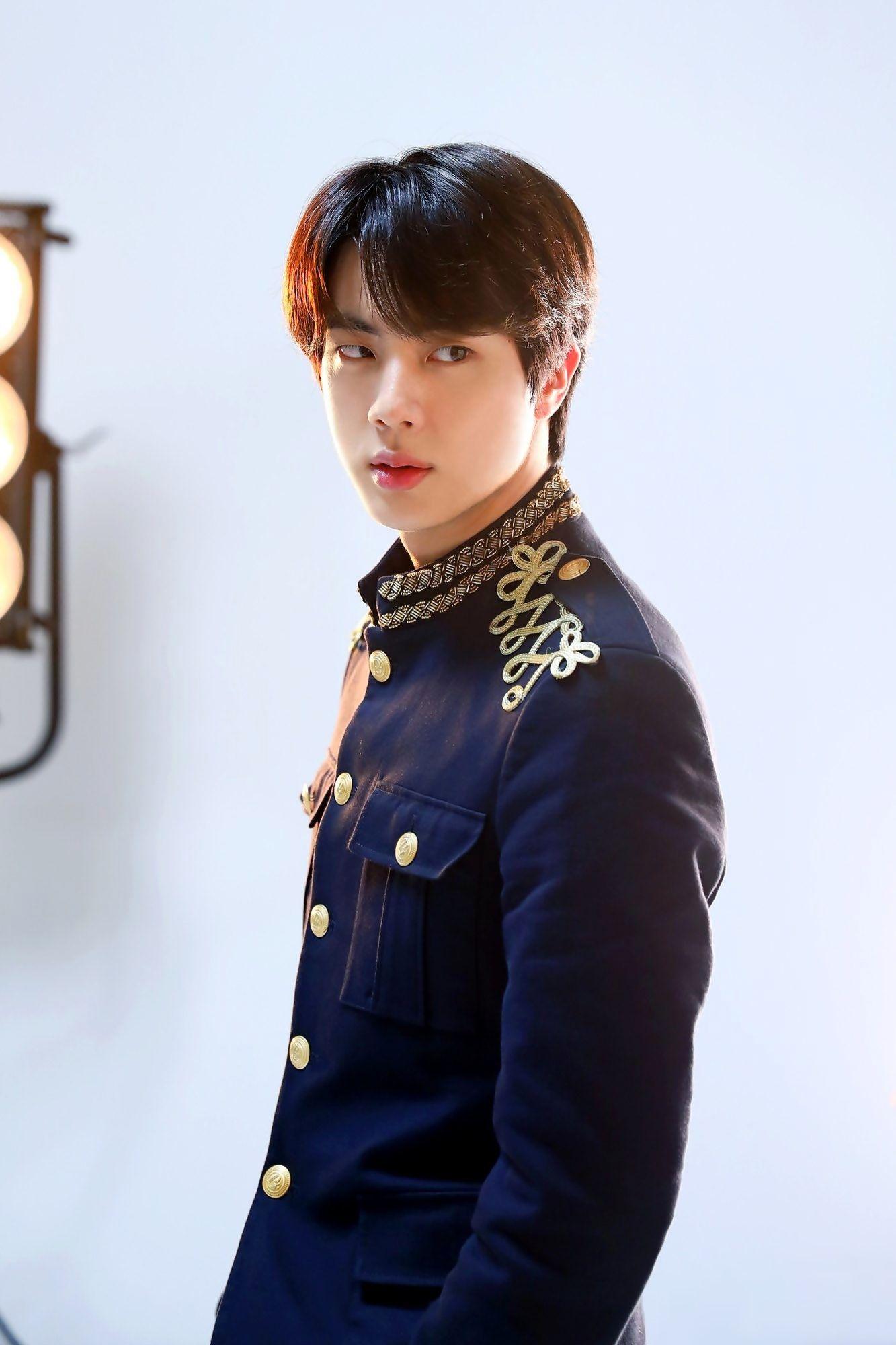 Bts Pakai Baju Pangeran