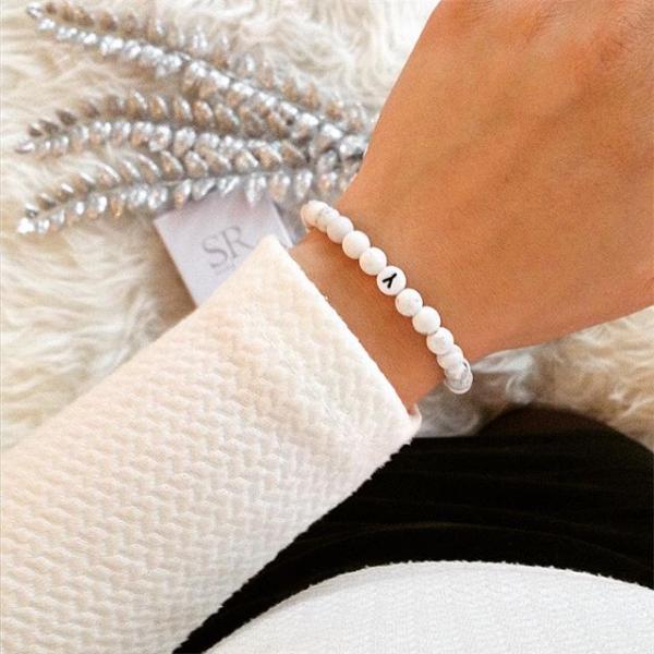 ausgereifte Technologien Qualität und Quantität zugesichert im Angebot Hochwertige Partnerarmbänder mit Perlen online kaufen ...