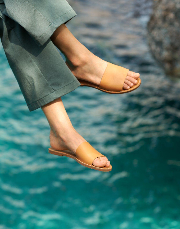 Women S Boardwalk Post Slide Sandal Shoes Fashion Photography Shoes Casual Dress Shoes [ 1433 x 1128 Pixel ]