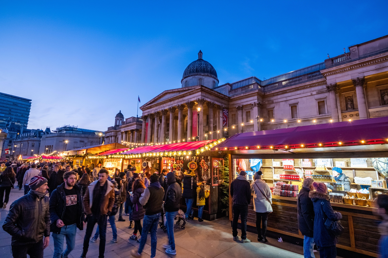 ロンドンのクリスマスマーケット 2020 クリスマスマーケット ロンドン 観光 トラファルガー広場