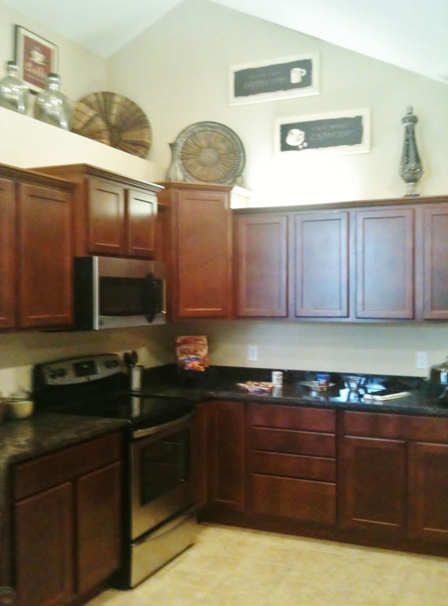 Great Kitchen Cabinets Great Decor Above Kitchen Cabinets Adds A Nice Touch