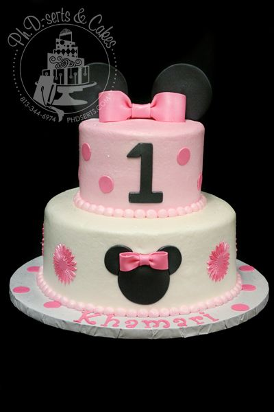 Minnie Mouse Cake Toppers The cake was iced in buttercream and