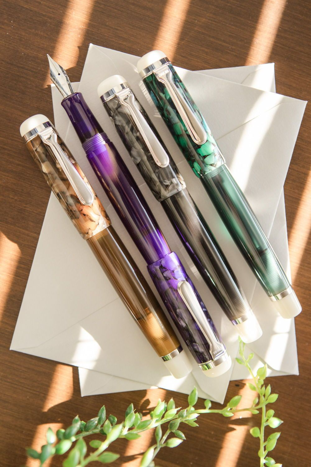 Opus 88 Omar Fountain Pens Large Postable Resin Fountain Pens