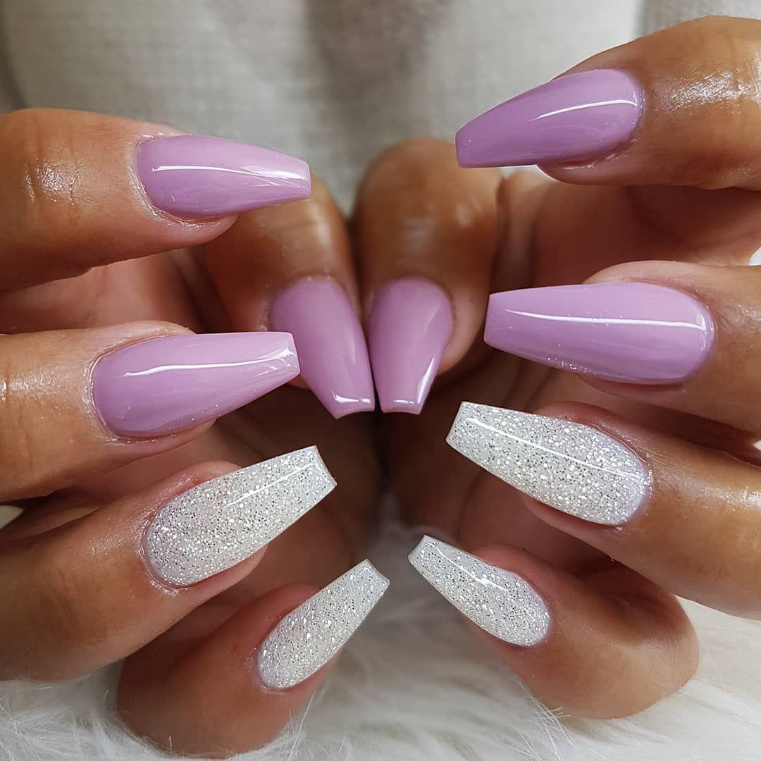 Fabulous mismatched nail art design