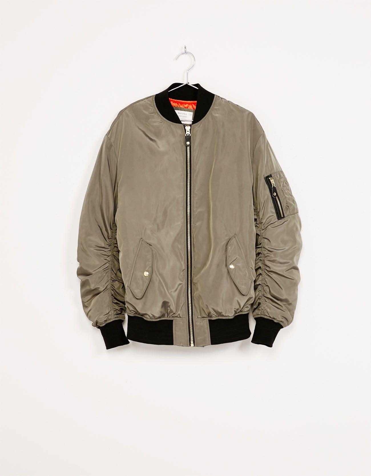 24fb6658b Oversized bomber jacket with gathered sleeves   BERSHKA   Bomber ...