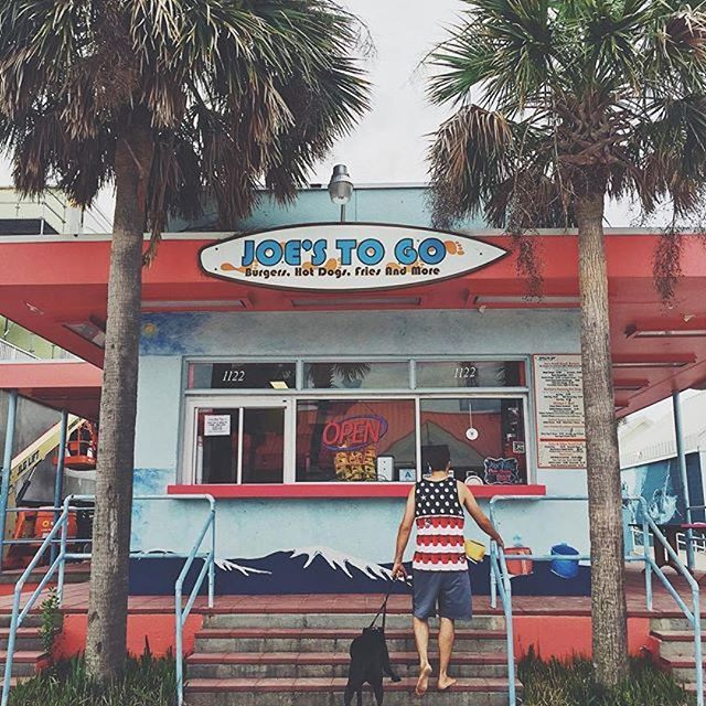 Oceanfront Restaurant In Isle Of Palms Sc Coconut Joe S