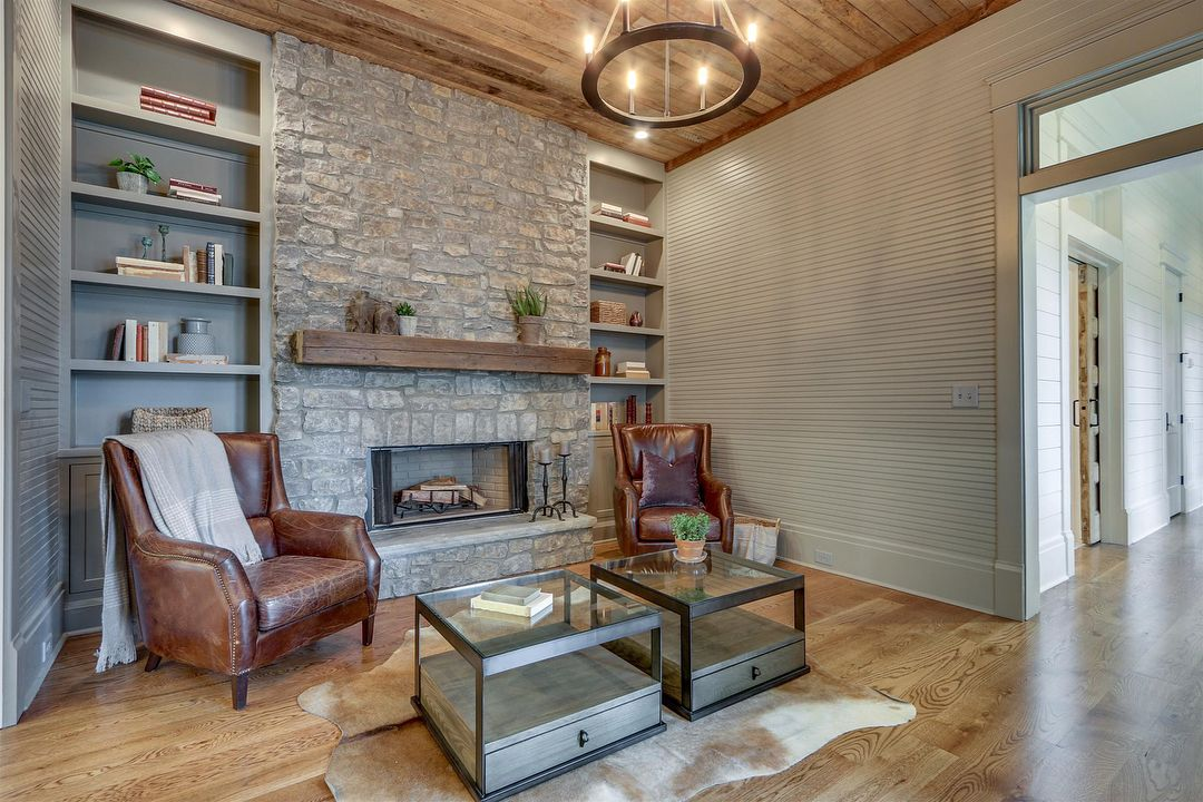 Best Nestled In The Heart Of Historic Franklin This Grand Five 640 x 480