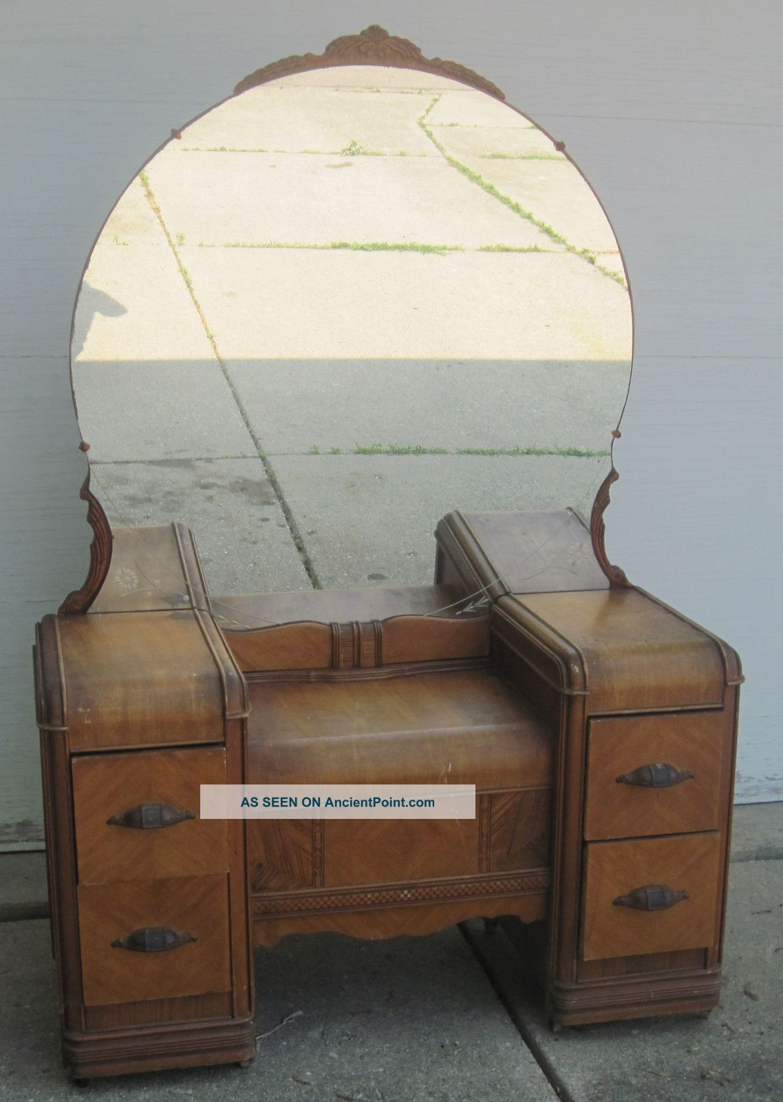 Antique dressing table with mirror - Antique Vanity Dressing Table 1900 1950 Photo