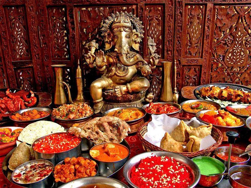 Présentation de plats indiens