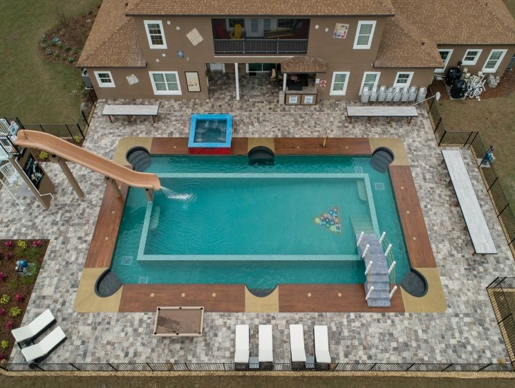 Swimming Pool Looks Like A Pool Table Florida Mansion Vacation Home Rentals Pool Shapes