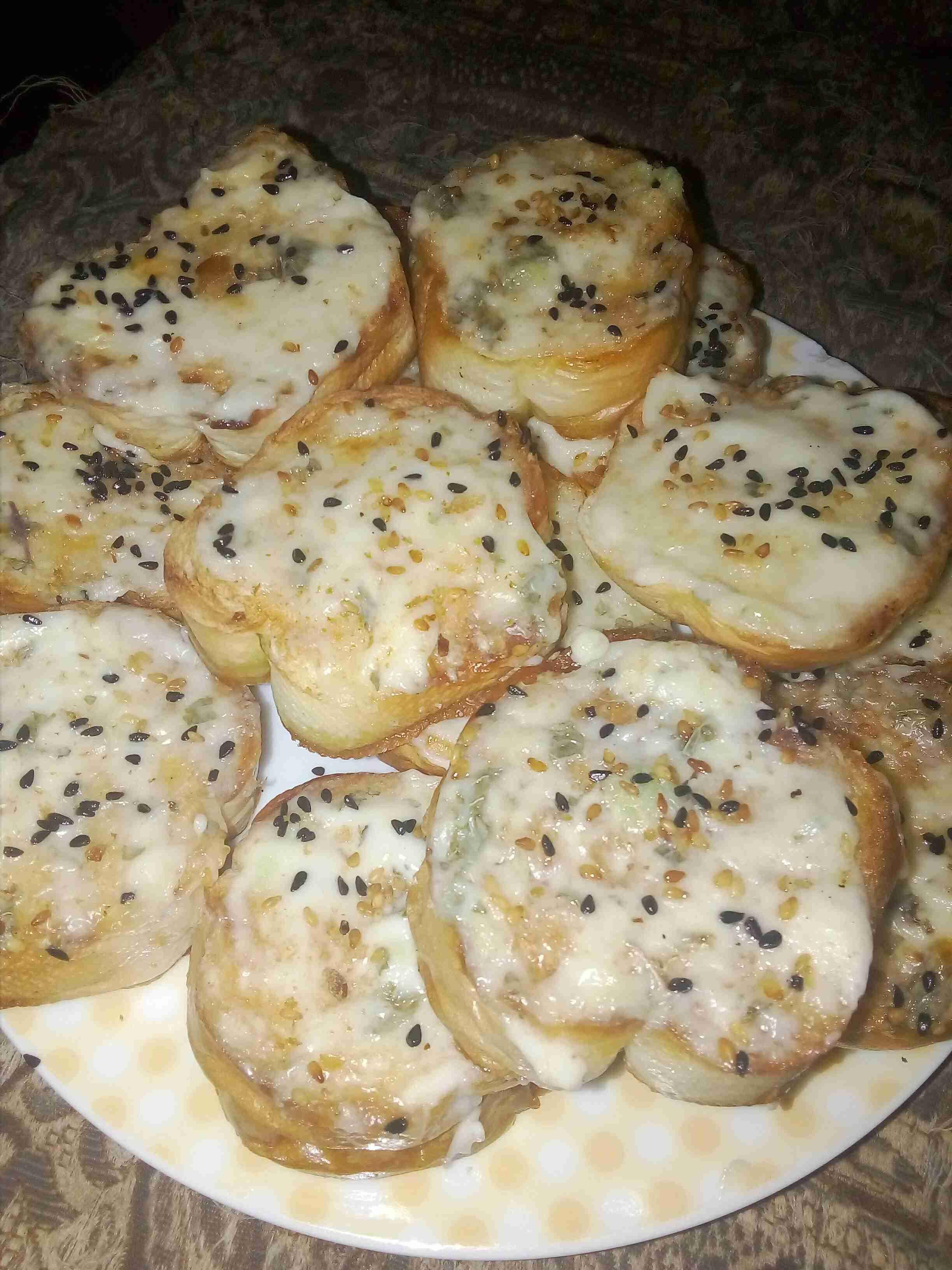 خبز محمص اكتر من راااااائع زاكي Recipe Food Food And Drink Arabic Food