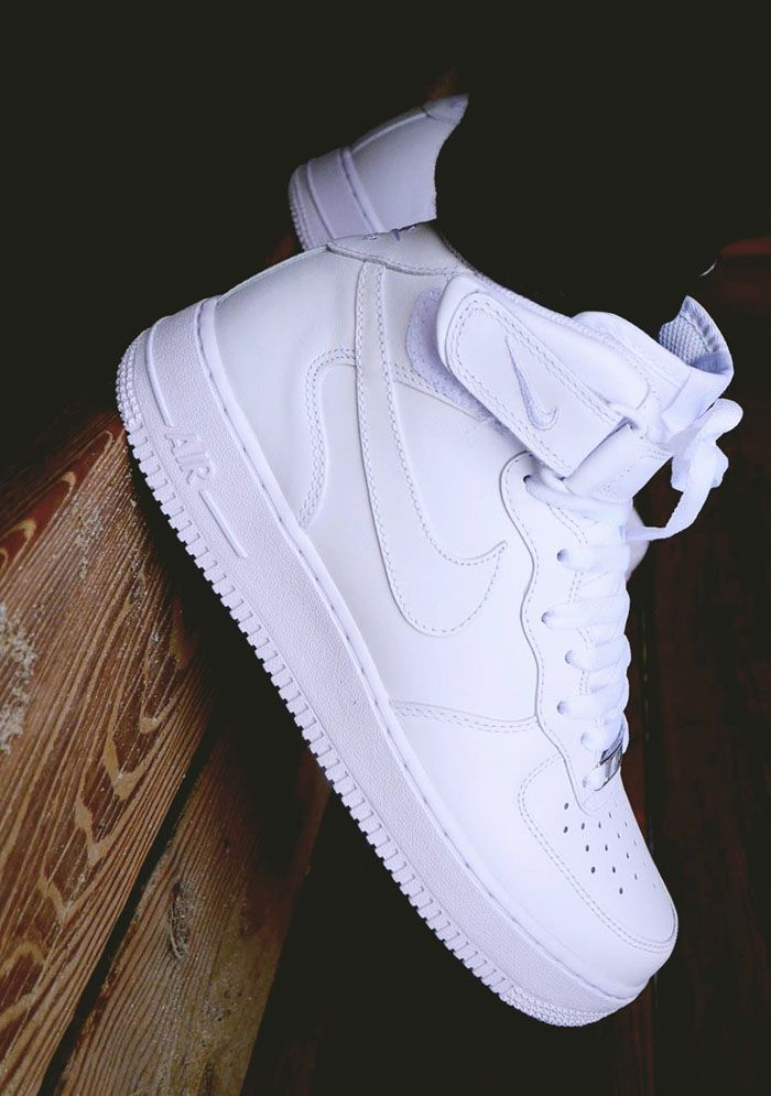 hot sale online 97a69 3e2a4 Nike Air Force 1 Mid  White