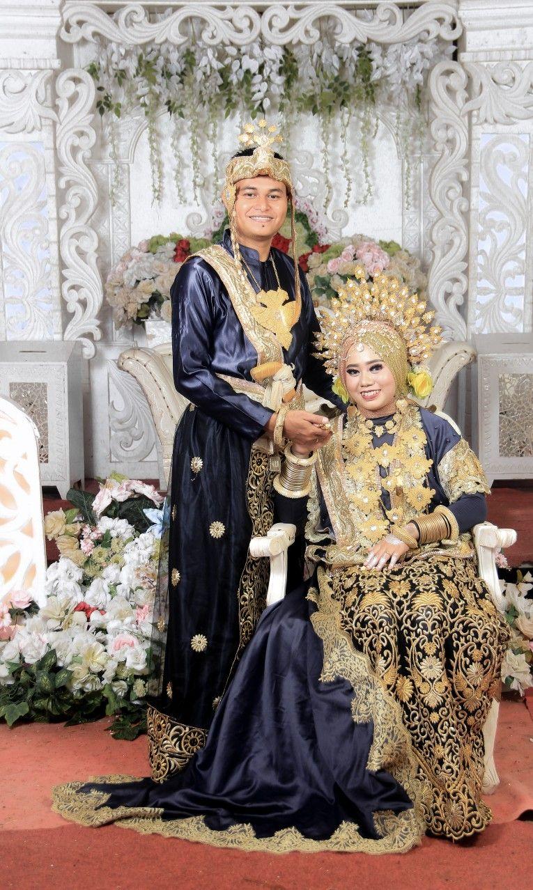 Baju adat bugis  Pakaian pernikahan, Pernikahan, Pesta