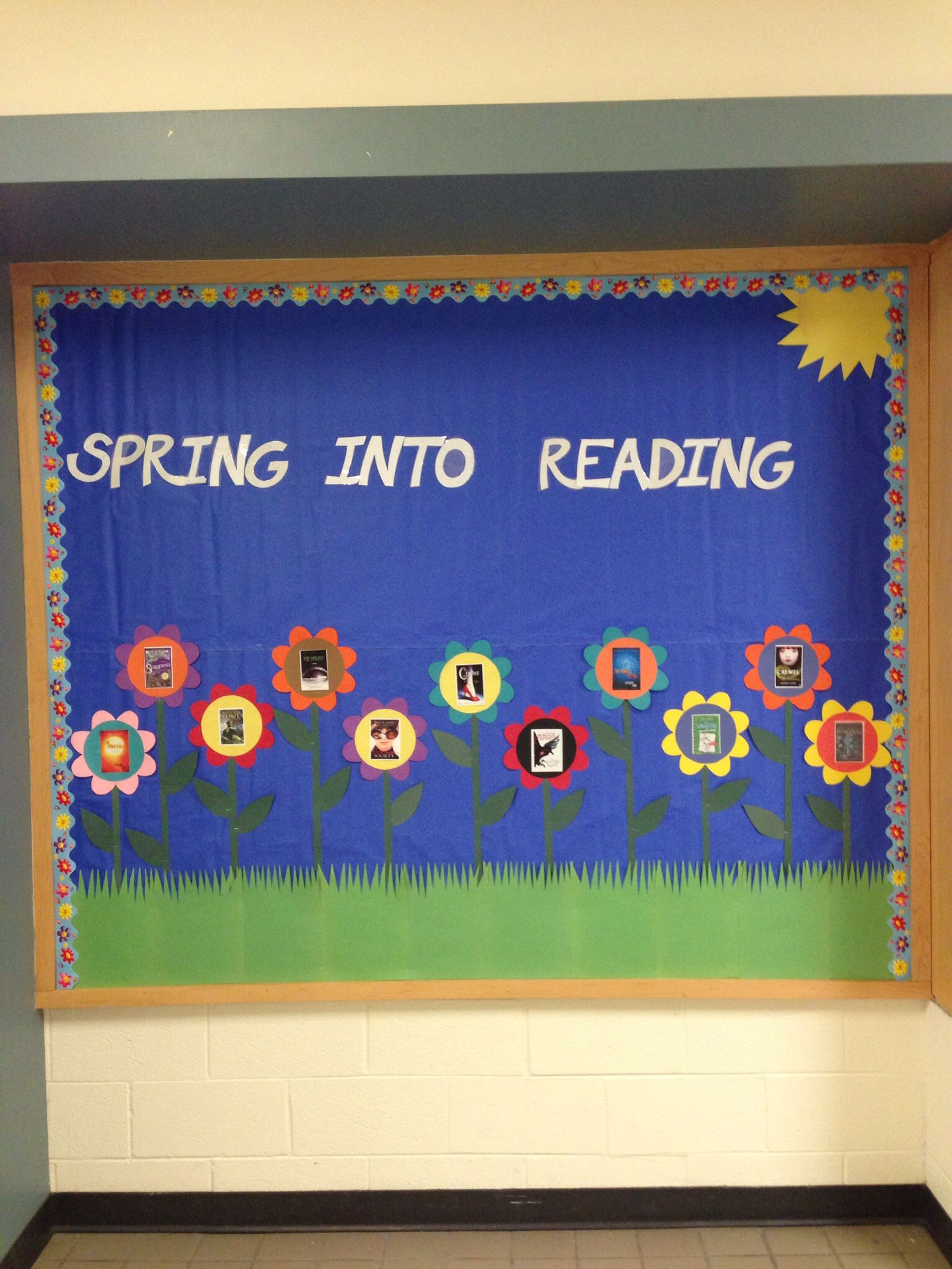Middle School Library Bulletin Board For March April Or May Boards Libraries