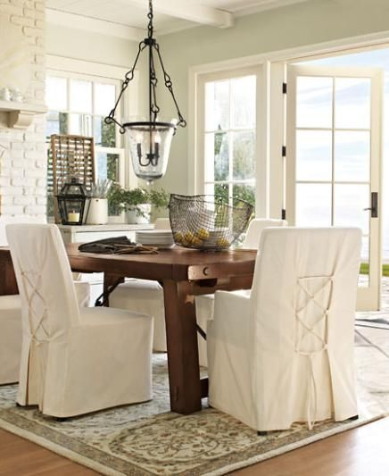 natural decor: fabric chairs, rustic farm table | maine home cabin, Esszimmer dekoo