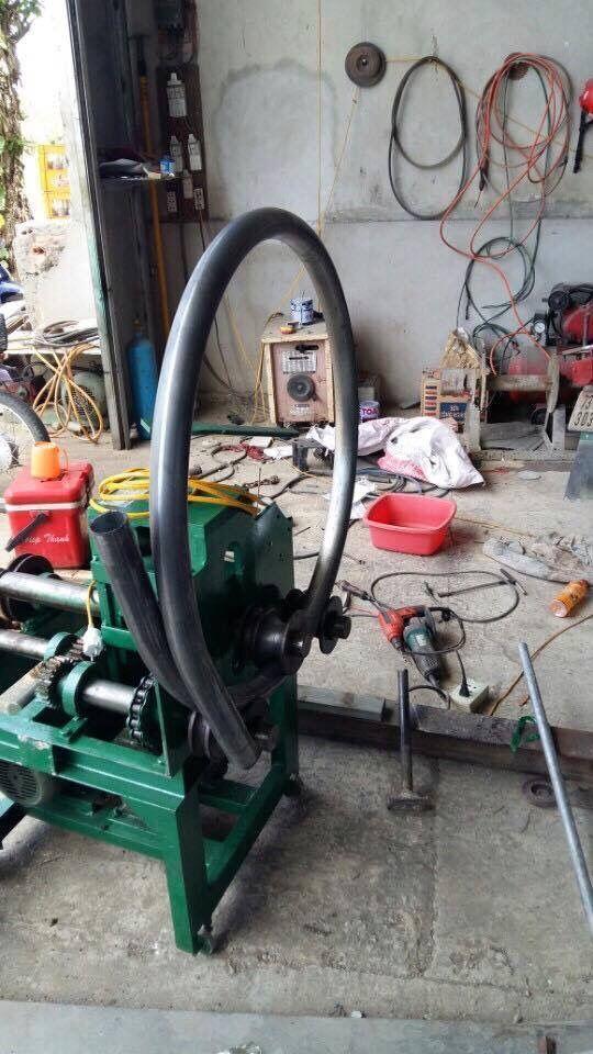 máy uốn ống BA4