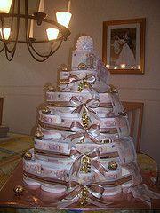 Hubsche Torte Aus Toilettenpapier Geschenke Geschenke Geschenke