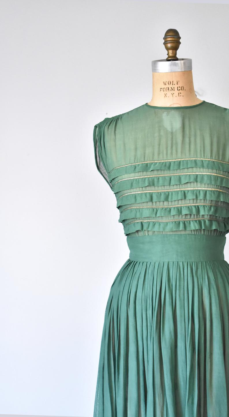 Amazing Vintage 1950s Green Windowpane Plaid Print Cotton Shirtwaist Fit and Flare Dress with Built-In Crinoline Pin up Rockabilly