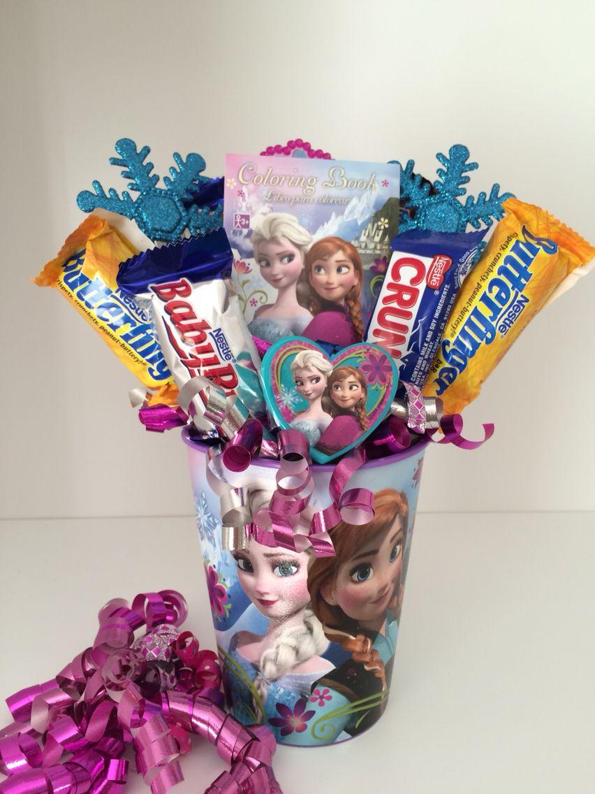 Frozen candy bouquet, frozen party, frozen party favor, Elsa, Olaf. https://www.etsy.com/shop/AngelsArrangements?ref=hdr