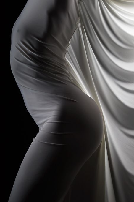Artistic Photography / love the use of the fabric...
